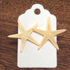 Jewelry - PRICE DROP Starfish Earrings